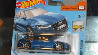 Audi RS 6 Avant 2017 , escala 1/64 de Hot Wheels .