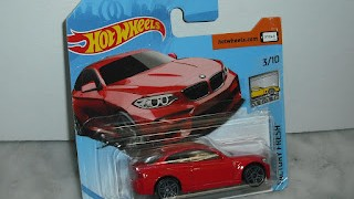 BMW M2 de 2016 , escala 1/64 , de Hot Wheels , Color Rojo ....y Azul  .