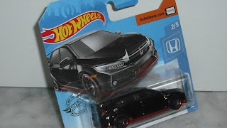 Honda Civic Type R de 2018 , escala 1/64 , color negro de Hot Wheels .