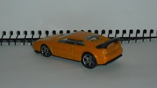 Lotus Esprit V8 , escala 1/64 de Hot Wheels .
