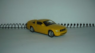 Ford Mustang GT 2008 , escala 1/60 , de Welly .