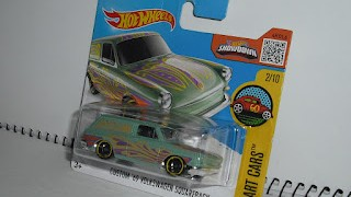 Volkswagen Squareback , escala 1/64 de Hot Wheels