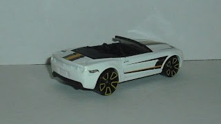 Chevrolet Camaro Convertible Concept , escala 1/64 de Hot Wheels .