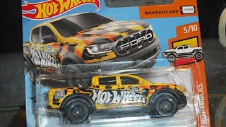 Ford Ranger Raptor , escala 1/64 de Hot Wheels .