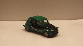 Citroen 2cv Charleston , escala 1/87 de Herpa .
