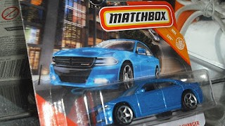 Dodge Charger de 2018 , escala 1/64 de Matchbox
