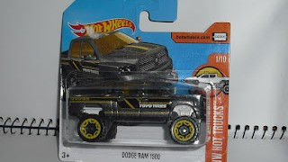 Dodge Ram 1500 , escala 1/64 de Hot Wheels .