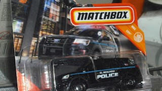 Ford Interceptor Utility de 2016 , escala 1/64 de Matchbox .