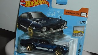Ford Maverick Custom , escala 1/64 , de Hot Wheels .