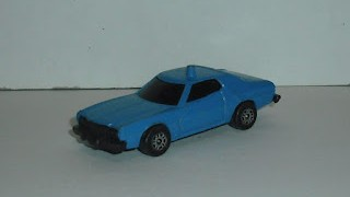 Ford Gran Torino , color azul , escala 1/64 , de Corgi Juniors .