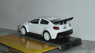MR Little Nobody´s Subaru WRX STI ; escala 1/32 , de la colección