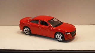 Dodge Charger R/T , escala 1/60 de Welly .