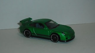 Porsche 911 GT3 RS , Color Verde , Escala 1/64 de Hot Wheels .