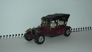Thomas Playabout 1909 ,  Colección Models of Yesterday de Matchbox .