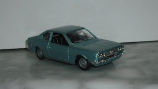 Lancia Beta Coupé 1800 , escala 1/43 de Solido .
