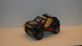 4x4 Crazy Car , escala 1/55 de Majorette .