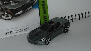 Chevrolet Corvette Stingray de 2014 , escala 1/64 de Hot Wheels