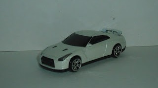Nissan GTR ( R35 ) , escala 1/64 , de RMZ City , Junior Collection .