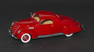 Lincoln Zephyr Coupé 1937 de Neo Scale Models