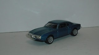 Pontiac Firebird 1967 , escala 1/60 de la marca Welly .