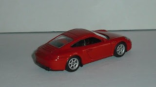 Porsche 911 Carrera S , color Rojo , escala 1/60 de Welly