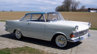 Opel rekord p2 coupe (1961)