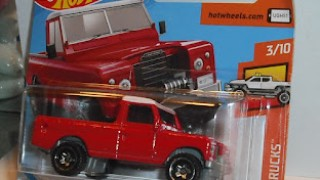 Land Rover Series III Pickup , escala 1/64 de Hot Wheels .