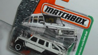 Mercedes Benz G63 AMG 6x6 , escala 1/64 , de Matchbox .