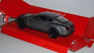 Bentley Continental Supersports , escala 1/36 , mas o menos , de Welly .