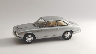 Alfa Romeo 2600 Sprint de True Scale Miniatures
