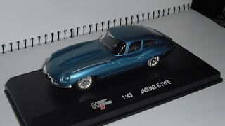 Jaguar E Type , escala 1/43 , de la marca High Speed .