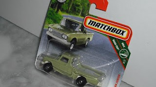 Nissan Junior de 1962 , escala 1/64 de la marca Matchbox .