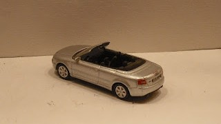 Audi A4 Cabrio , escala 1/87 , de la marca High Speed .