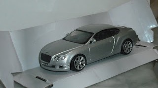 Bentley Continental GT , escala 1/43 de la marca Spidko .