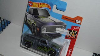 Custom Chevy Chevrolet 1969 Pick Up , escala 1/64 de Hot Wheels .