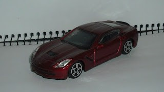 Chevrolet Corvette Stingray C7 Rojo , escala 1/43 de Burago .
