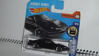 KITT de la serie Knight Rider , escala 1/64 de Hot Wheels .